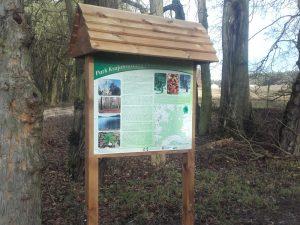Tablica dydaktyczna Park Krajobrazowy Puszcza Zielonka w Dzwonowie (PKPZ) 2016